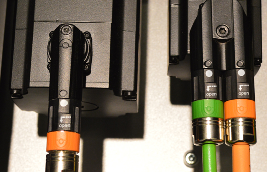 servomotor kontakt matning kabel kablage